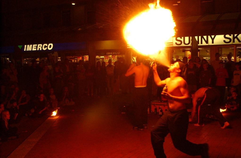 Ildspyning